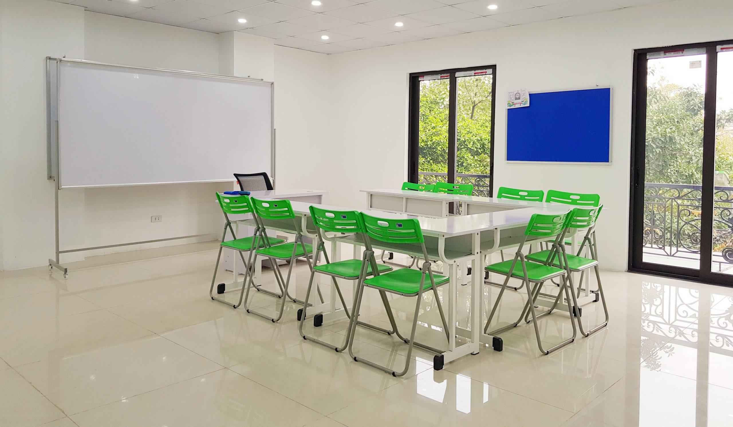 Cơ sở vật chất trong một phòng học tại LIA