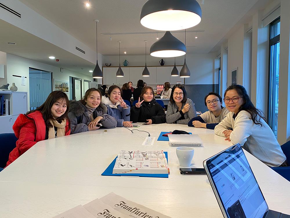 VICAT gặp mặt - hỗ trợ học viên điều dưỡng hệ 3 năm tại Đức