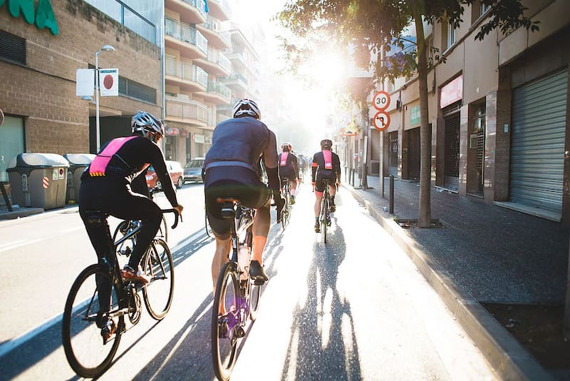 adult bicycling bike event vicat 1