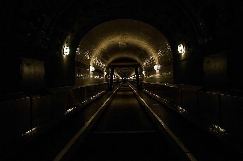 hamburg old elbe tunnel elbe tunnel light